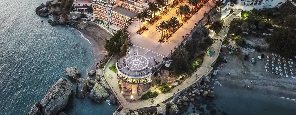 Visita guiada da costa tropical de Graves de Granada e Nerja