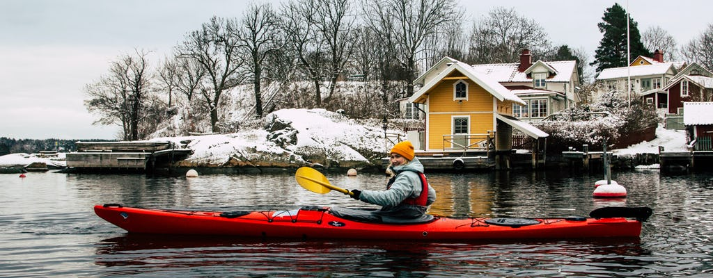 Tour invernale in kayak nell'Arcipelago