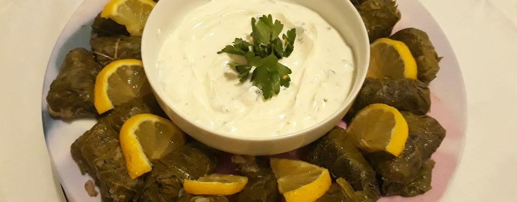 La cena greca essenziale con vista sull'Acropoli