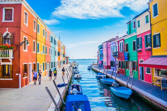 Morning tour of Burano and Murano