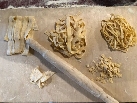Verse pasta en Tiramisu kookles net als een Romeinse chef-kok