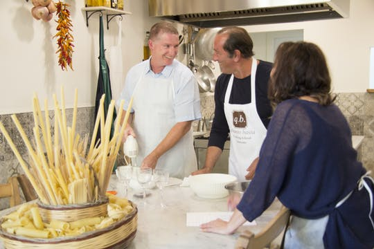 Lezione di cucina a base di carne e pranzo nel cuore di Sorrento