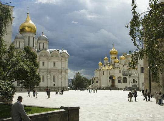 Moscow must see tour with Kremlin visit