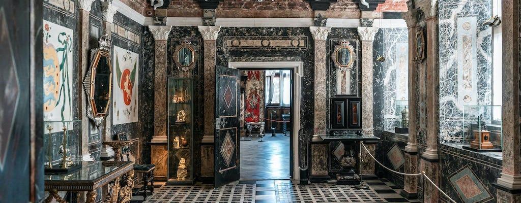 Sentiti come un re nel Castello di Rosenborg durante un tour privato a piedi