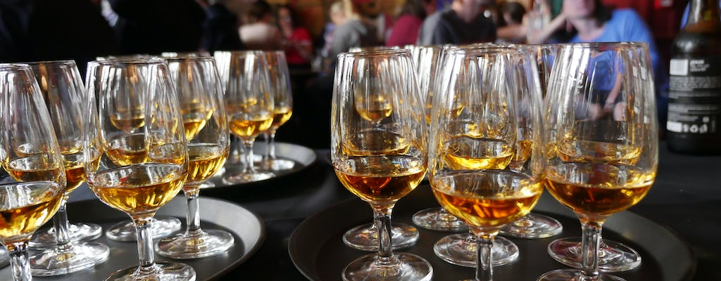 Whisky e folklore a Edimburgo