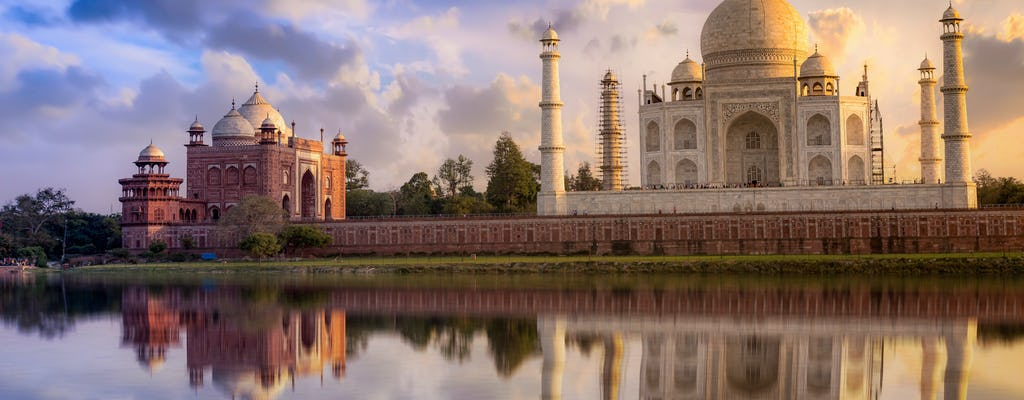Memorable drive to Agra – the city of Mughal treasures