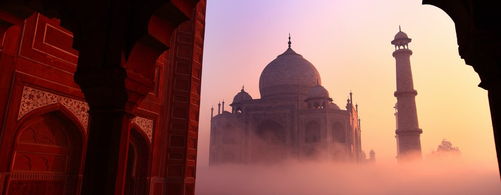Taj Mahal and Agra Fort: sunrise tour from Delhi