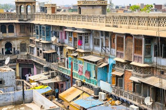 Scopri il carisma religioso e culturale di Delhi