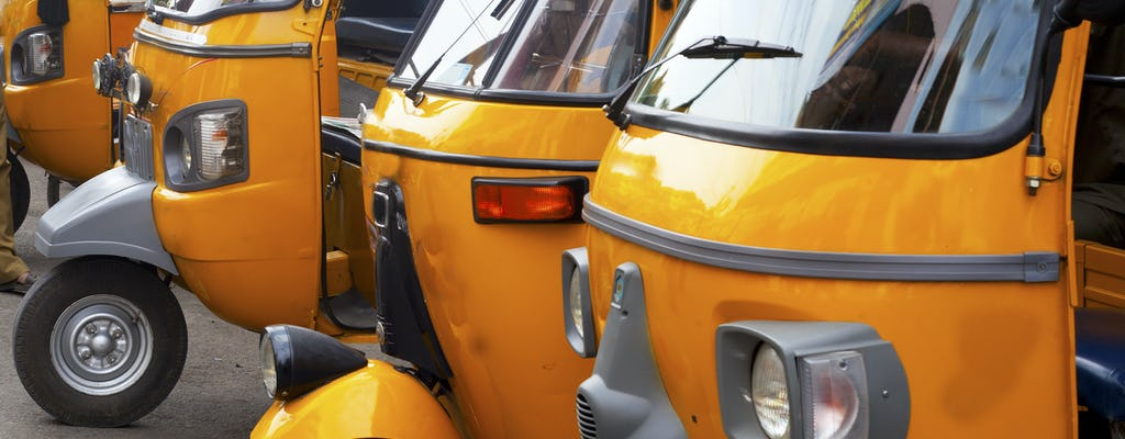 An exhilarating rickshaw or tuk tuk ride through Old Delhi