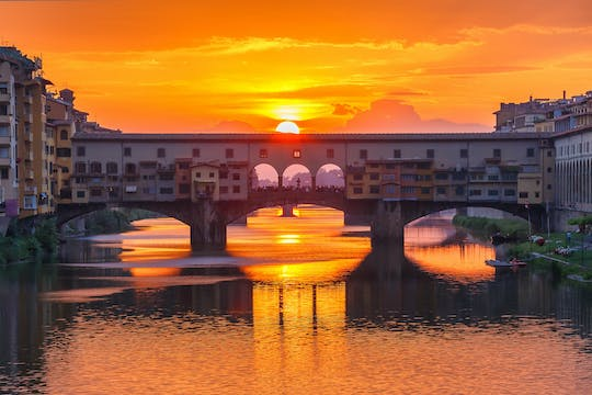 Florence walking tour at sunset with wine tasting