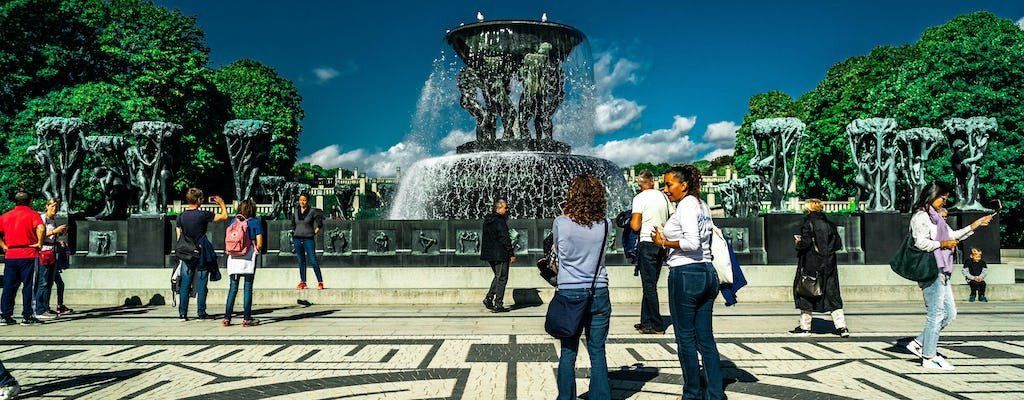 Admire the must sees of Oslo walking tour