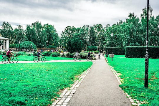 Cycle past Oslo's urban treasures in a private tour