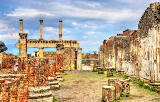Экскурсия открывать Помпеи