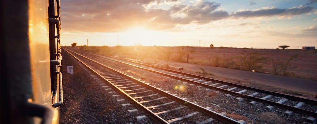 Viaje en tren a Agra para una experiencia turística encantadora