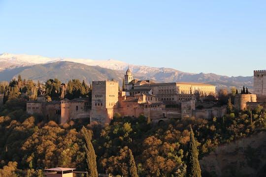 Recorrido privado sin colas por la Alhambra y el Generalife