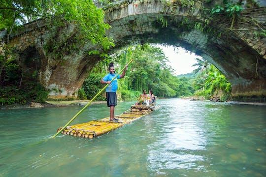 Rafting bambusową tratwą na Wielkiej Rzece