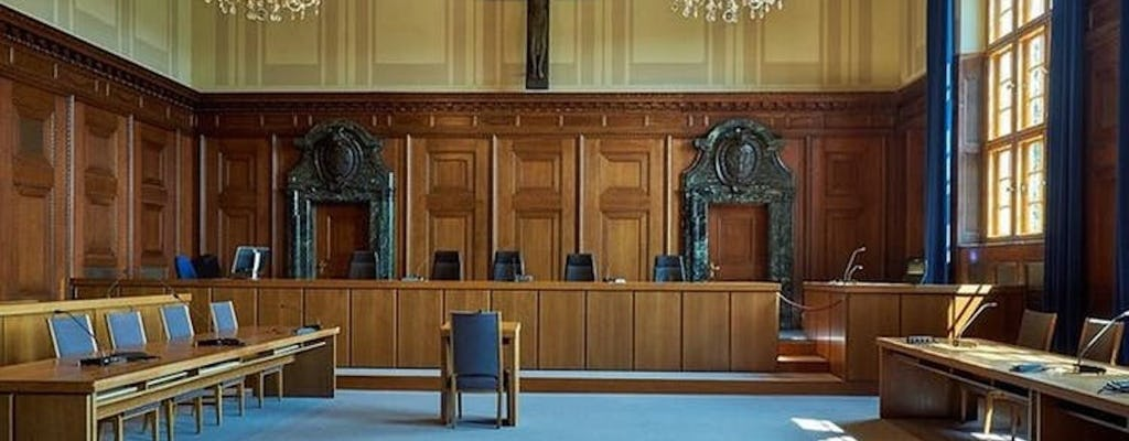 II wojna światowa w Norymberdze, zwiedzanie sali sądowej 600 i stron III Rzeszy