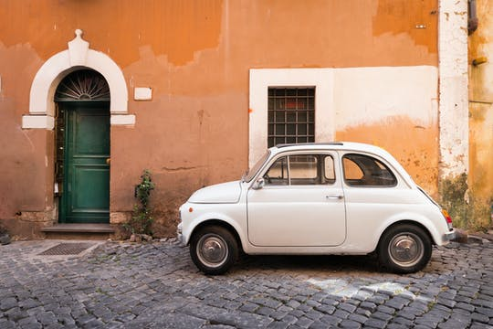 Tour de carros antigos por Roma com coffee break