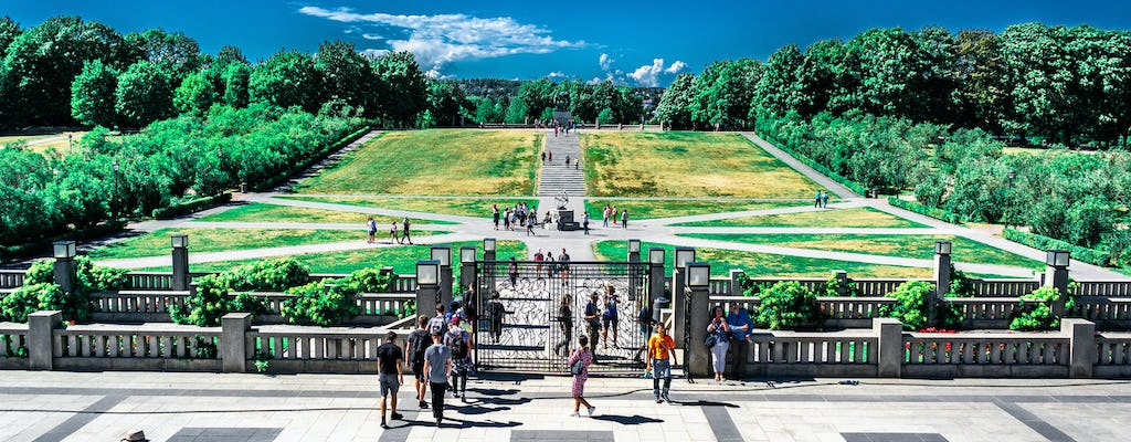 Enjoy Vigeland Park in a private tour
