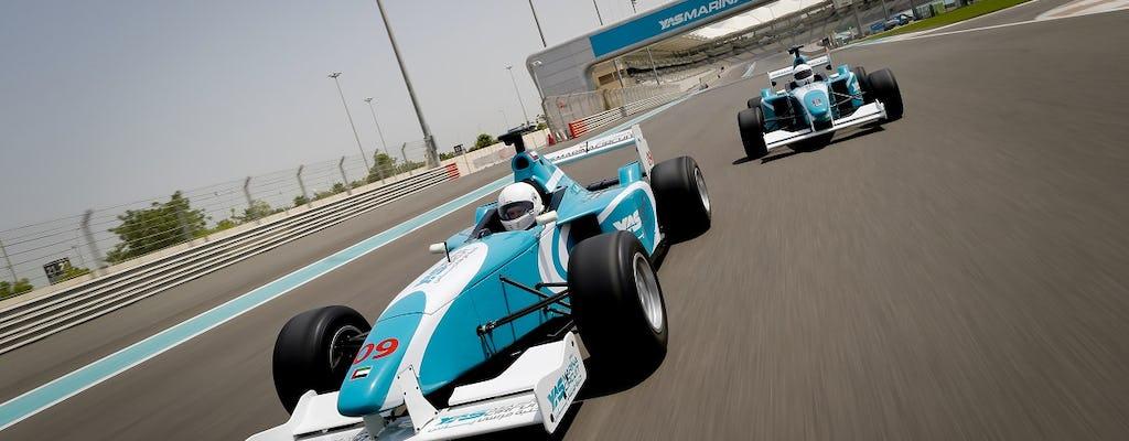 Experiencia de conducción de Formula Yas 3000
