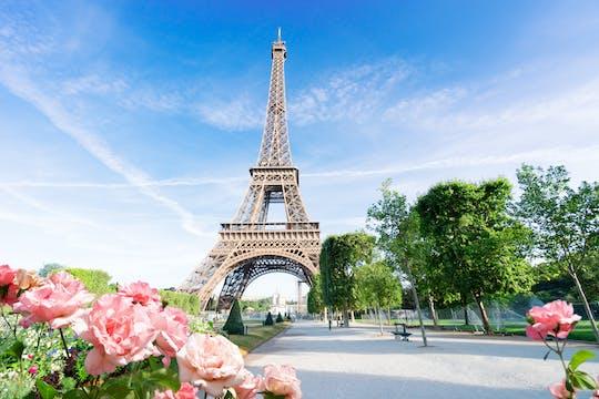 Visita ao cume da Torre Eiffel com acesso prioritário