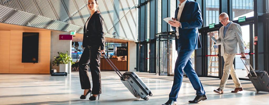 Prywatny transfer z nowego międzynarodowego lotniska Yogyakarta do hoteli miejskich bez przewodnika
