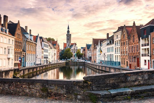 Private tour by bus in Bruges from Brussels