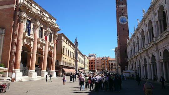Walking tour of Vicenza the Palladian city