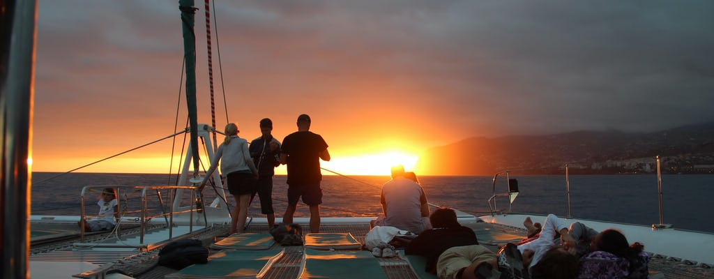 Tour in barca al tramonto da Madeira