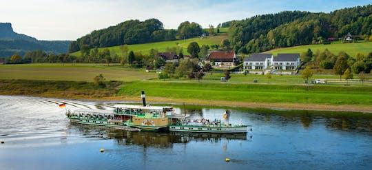 Erlebnistag an der Elbe mit Schifffahrt,  Weinwanderung und Weinprobe