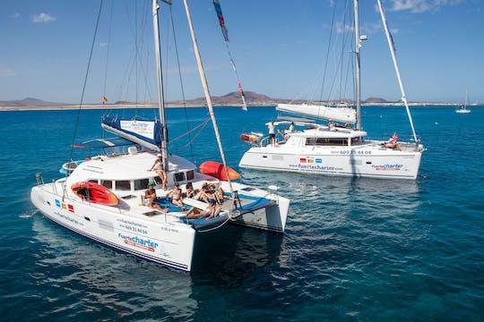 Escursione privata in catamarano da Corralejo