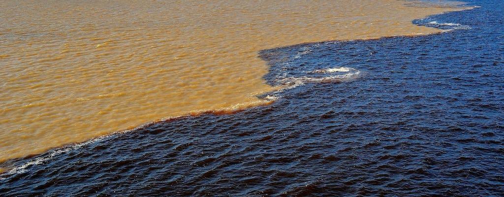 Bijeenkomst van de boottocht op het water vanuit Manaus met lunch