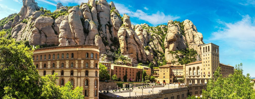 Private day trip to Montserrat with lunch