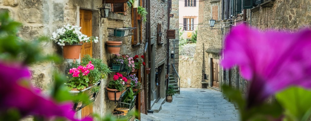 Cortona private walking tour