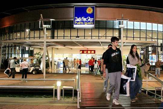 Shopping tour duty-free