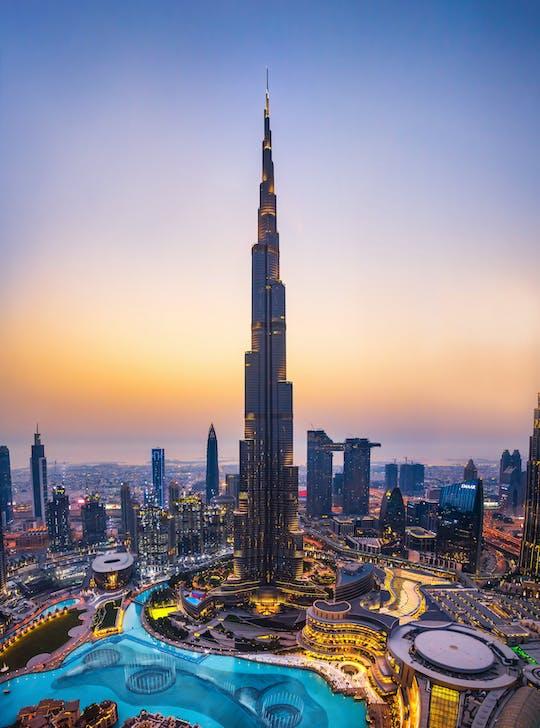Escala con recorrido privado por la ciudad de Dubái y entradas al Burj Khalifa