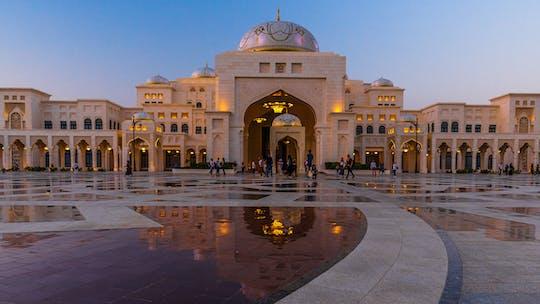 Private full-day tour of Abu Dhabi and Qasr al Watan