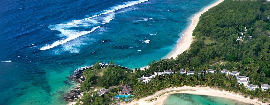 Île des Deux Cocos beach day