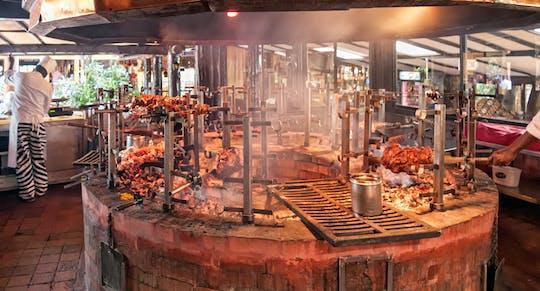 O restaurante mais popular de Nairobi: experiência de almoço ou jantar