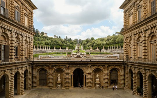 Tour privado do Pitti Palace e ingressos para os Jardins Boboli