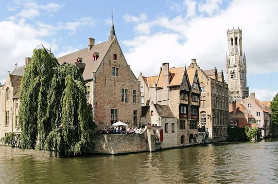 Private transport to Bruges with chocolate museum from Amsterdam