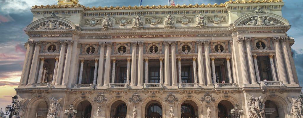 Private city tour of Paris in sedan