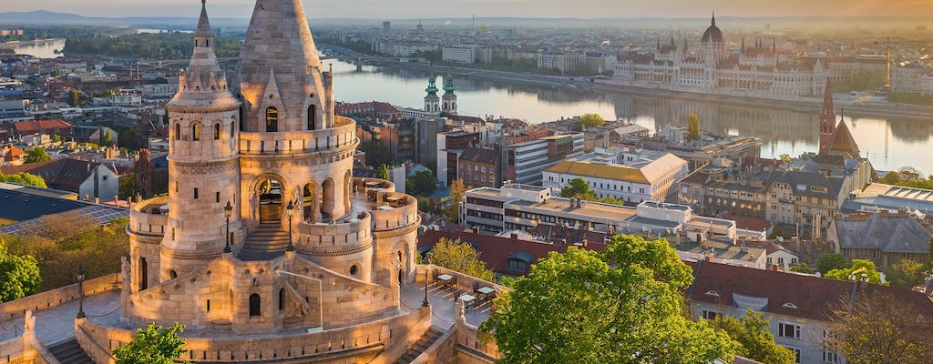 Budapest private tour with luxury transfer and local guide from Vienna