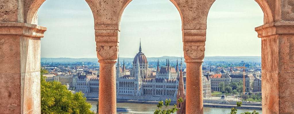 Budapest private tour with a private transfer and guide from Vienna