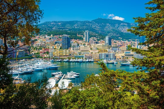 Eze, Monaco and Monte Carlo half-day group tour from Nice