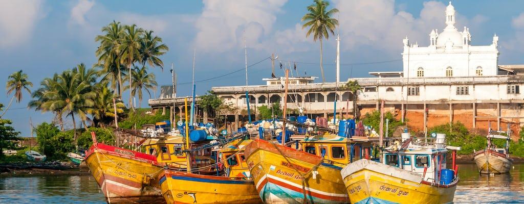 Privater Transfer vom internationalen Flughafen Colombo Bandaranaike nach Bentota