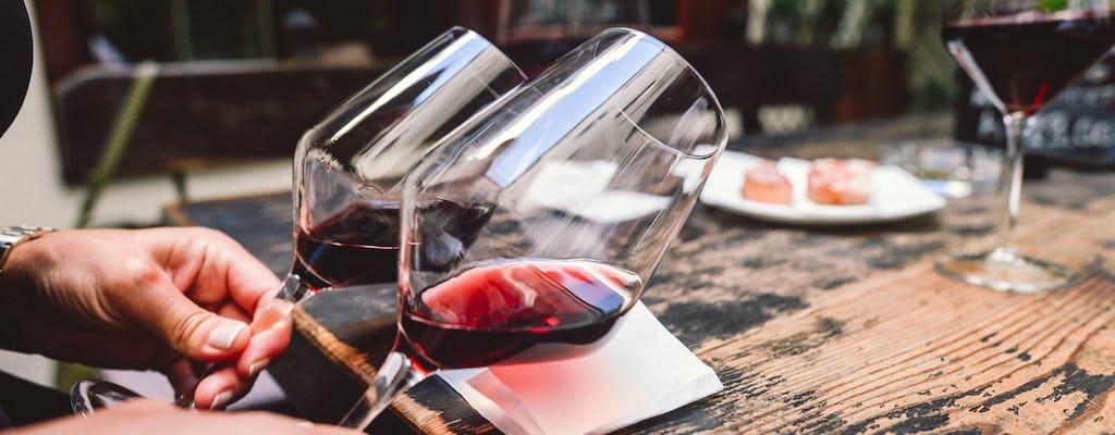 Doświadczenie wina Bolzano z profesjonalnym sommelierem