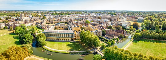 Cambridge University and city walking tour