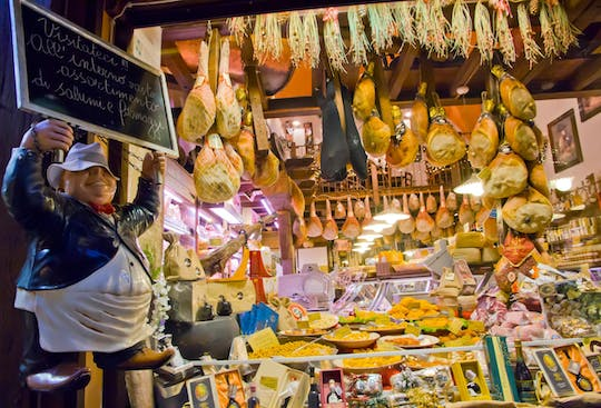 Gastronomic walking tour in Bologna