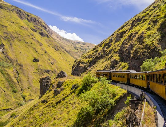 Train of the Devil's Nose and Ingapirca full-day tour